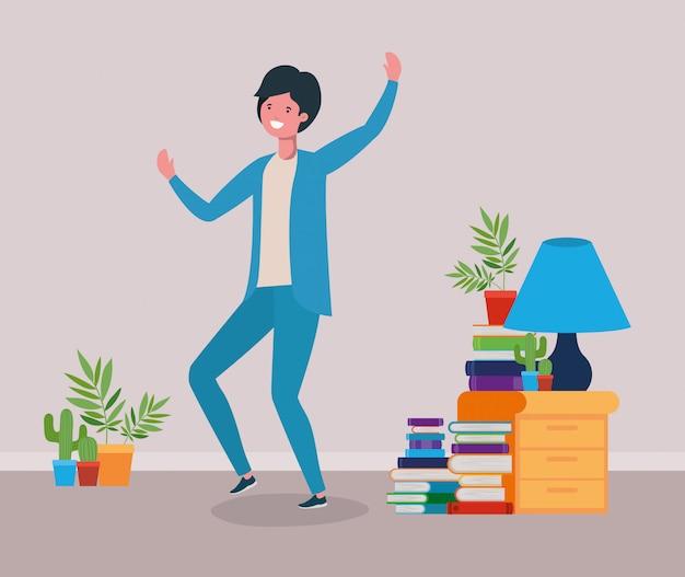 Hombre feliz en sala de estudio