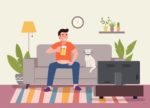 Hombre gordo joven perezoso con vaso de cerveza viendo fútbol en la televisión. ilustración de estilo plano de vector