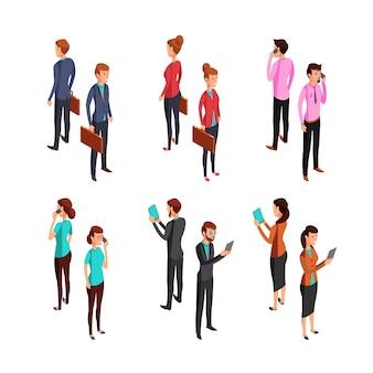 Hombre y mujer de negocios. isométrica 3d permanente personas jóvenes mujeres y hombres de oficina.
