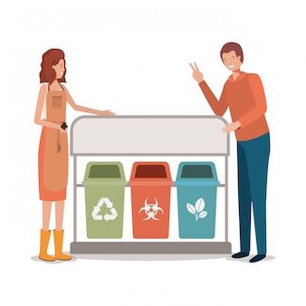 Hombre mujer reciclar biohazard y orgánico