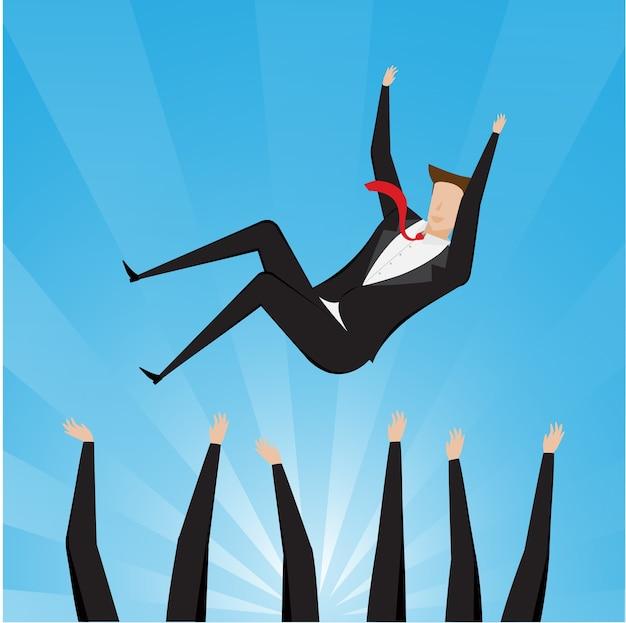 Hombre de negocios acertado que está vomitando por su trabajo en equipo o colega