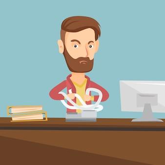 Hombre de negocios enojado rasgando facturas o facturas.