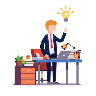Hombre de negocios, tener, nuevo, brillante, solución, idea