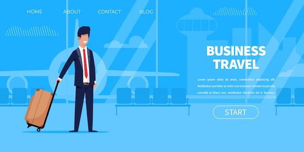 Hombre de negocios en traje con terminal de aeropuerto de maleta