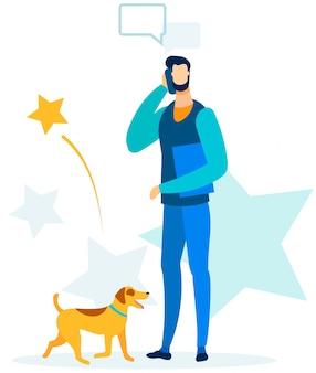 Hombre ocupado tener llamada de negocios durante el perro caminando