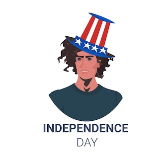 Hombre con sombrero festivo de ee. uu. celebrando, 4 de julio, tarjeta de celebración del día de la independencia estadounidense