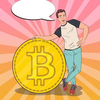 Hombre sonriente del arte pop con bitcoin grande
