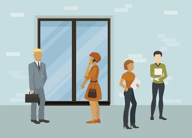 Hombres de negocios, oficinistas o buscadores de empleo hombre y mujeres de pie delante de la ilustración a puerta cerrada. a la espera de una entrevista o reunión de cita comercial.