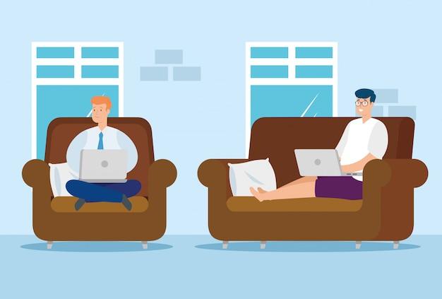 Hombres trabajando en casa con computadoras portátiles sentados en sofás