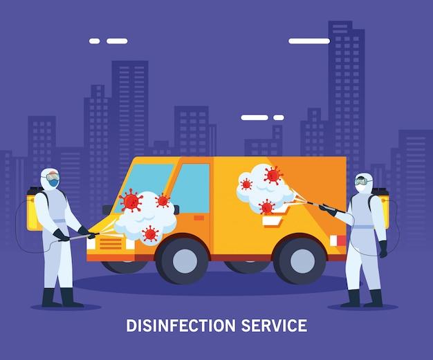 Hombres con traje de protección camión de fumigación con