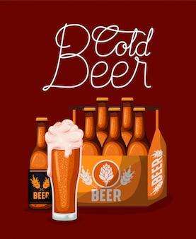 Hora feliz cervezas etiqueta con vidrio y botellas en la canasta