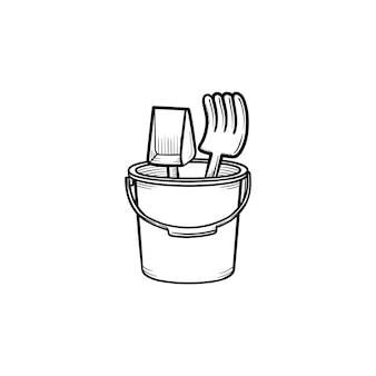 Icono de doodle de contorno dibujado de mano de juguetes de caja de arena. pala de juguete y rastrillo en un balde para jugar en la ilustración de esbozo de vector de playa para impresión, web, móvil e infografía aislado sobre fondo blanco.