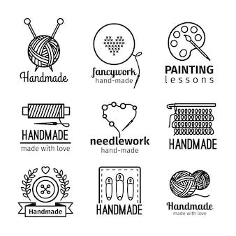 Iconos de línea fina negra hecha a mano sobre fondo blanco