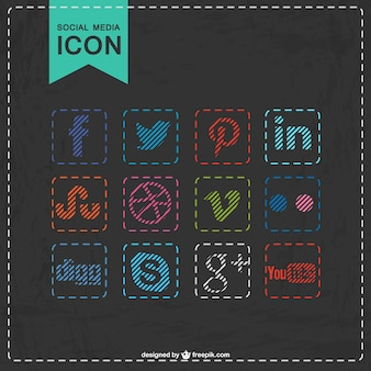 Iconos de redes sociales de colores con textura de pizarra