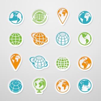 Los iconos del símbolo del mapa del mundo de la tierra del globo de la etiqueta engomada fijaron el ejemplo del vector