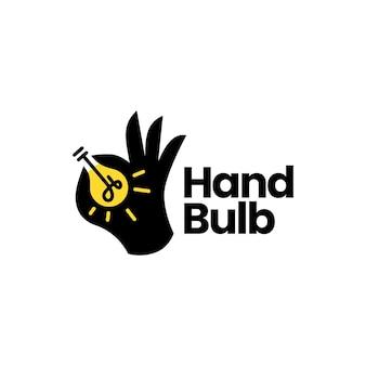 Idea de lámpara de bombilla de mano piensa en plantilla de logotipo inteligente