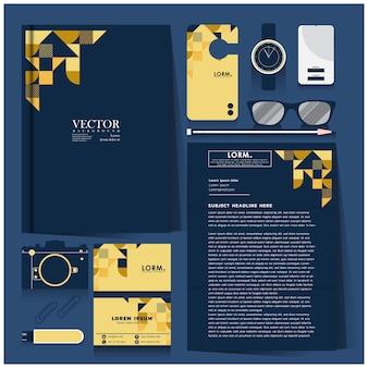 Identidad corporativa con diseño blanco sobre oro y azul.