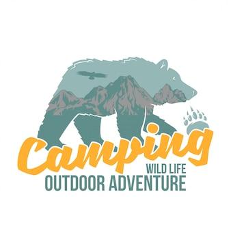 Ilustración de animales de vida silvestre. oso pardo con grandes montañas dentro de la silueta. aventura, viajes, acampar, al aire libre, natural, desierto, explorar.