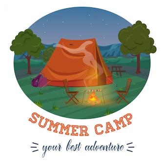Ilustración de camping del bosque de verano en las montañas y chimenea con texto en la noche.