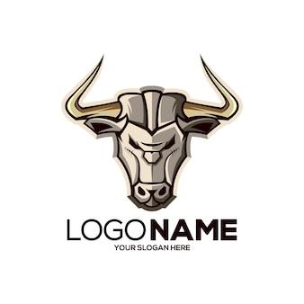 Ilustración de diseño de logotipo de mascota de toro dorado