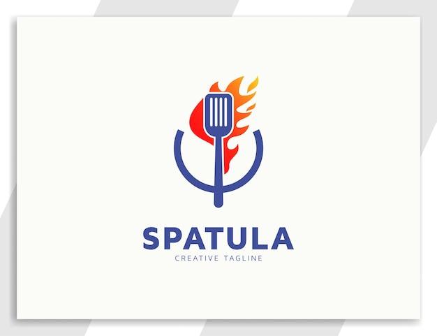 Ilustración de espátula y fuego, logotipo de comida culinaria de restaurante