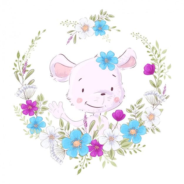 La ilustración de un estampado para la habitación de los niños viste un lindo mouse en una corona de flores púrpuras, blancas y azules.