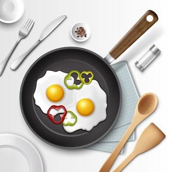 Ilustración de huevos fritos en una sartén con pimiento para el desayuno y otros utensilios