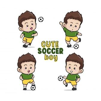 La ilustración linda del pequeño muchacho del fútbol