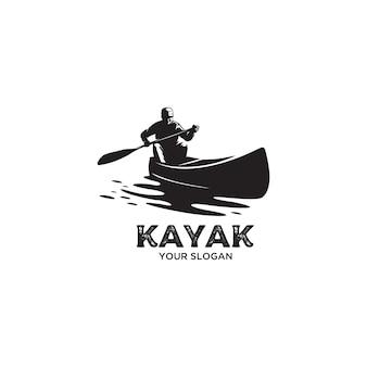 Ilustración de logo de silueta de kayak vintage