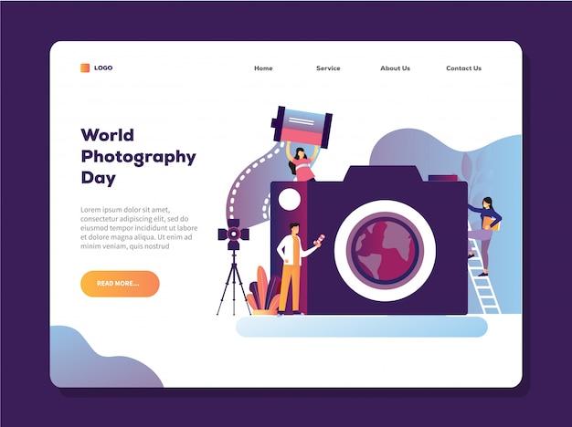 Ilustración de vector del día mundial de la fotografía con el hombre que sostiene la plantilla de página de aterrizaje de la cámara