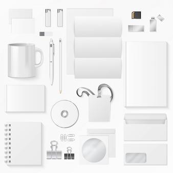 Ilustración de vector de varios suministros de oficina blanco. elementos de identidad corporativa.