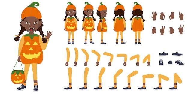 Ilustración vectorial plana de una linda niña afroamericana con un disfraz de halloween de calabaza