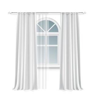 Ilustración de la ventana de arco con un par largo de cortinas blancas colgando de una varilla aislada sobre fondo