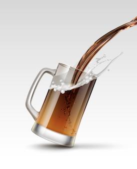 Ilustración de verter cerveza en vaso salpicaduras de bebida en taza aislado