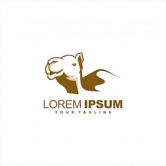 Impresionante diseño de logotipo de camello marrón
