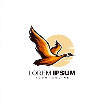 Impresionante diseño de logotipo de cisne volador