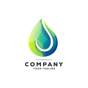 Impresionante gota de agua logo diseño vectorial