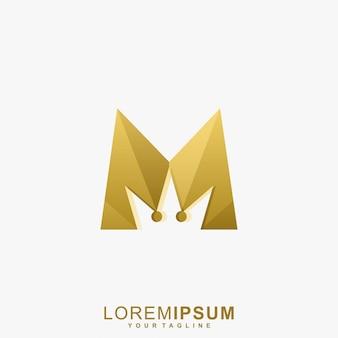 Impresionante logotipo de la corona de oro de la letra m