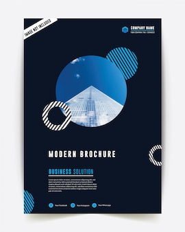 Informe anual de estilo corporativo color azul negocio folleto