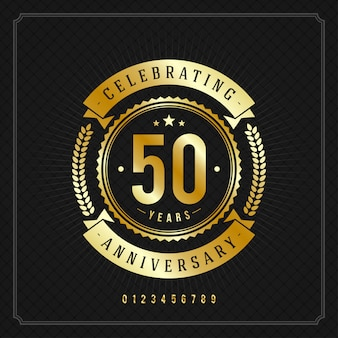 Insignia de mensaje de aniversario vintage dorado con cintas y corona