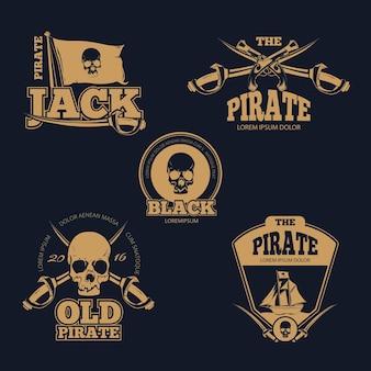 Insignias, etiquetas e insignias de color pirata retro. emblema pirata antiguo, logo pirata humano cráneo