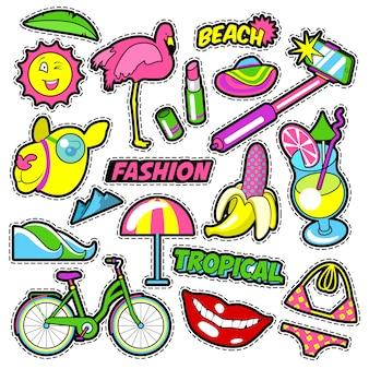 Insignias, parches, pegatinas para niñas de moda: lápiz labial flamingo de plátano de bicicleta en estilo cómic. garabatear