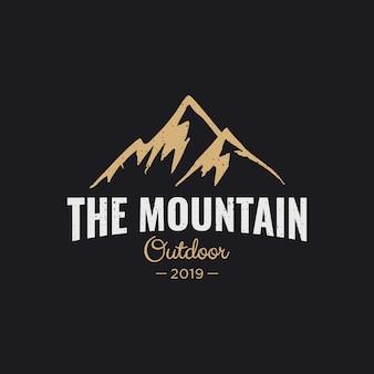 La inspiración del diseño del logotipo de la montaña,
