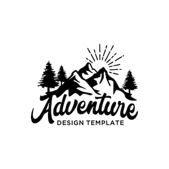 Inspiración de plantilla de logotipo de aventura en la montaña