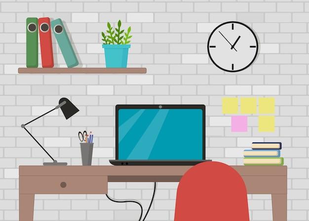Interior del lugar de trabajo con computadora, lámpara, lista de tareas, programas de trabajo en el monitor, organizador, estante, libros en la pared de ladrillo