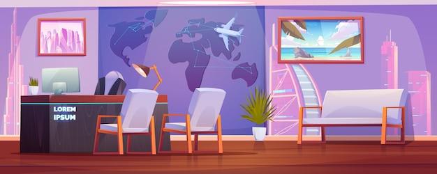 Interior de oficina de agencia de viajes con mesa de operador