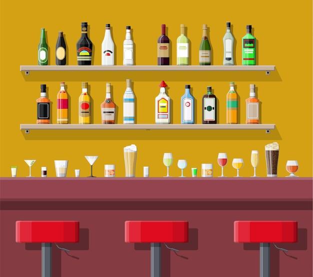 Interior de pub, cafetería o bar.