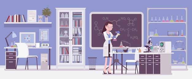 Investigadora que trabaja en laboratorio