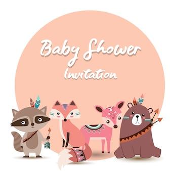 Invitación de baby shower con adorables animales boho.