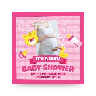 Invitación de baby shower con mujer embarazada